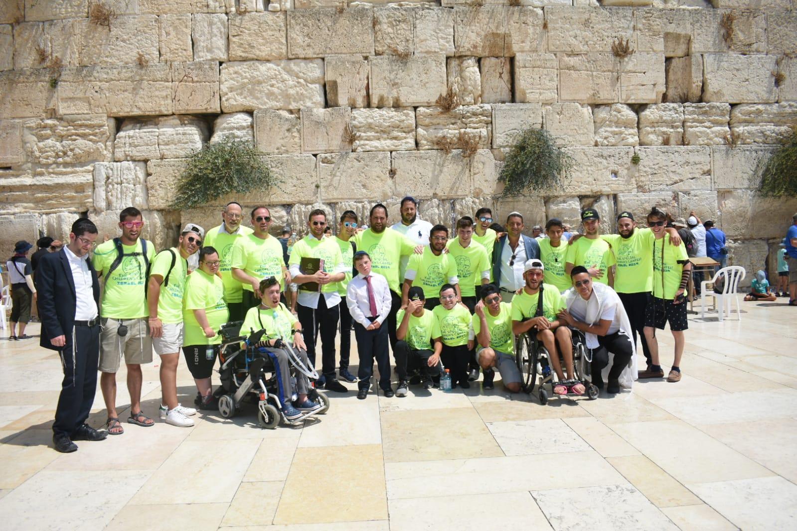 The Hatzolah team at the Western Wall